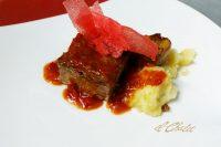 Ternasco asado, patata y salsa chilindrón