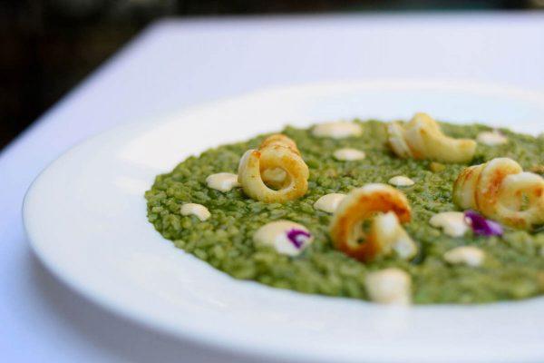 Arroz marino de calamar y all-i-oli de ostras